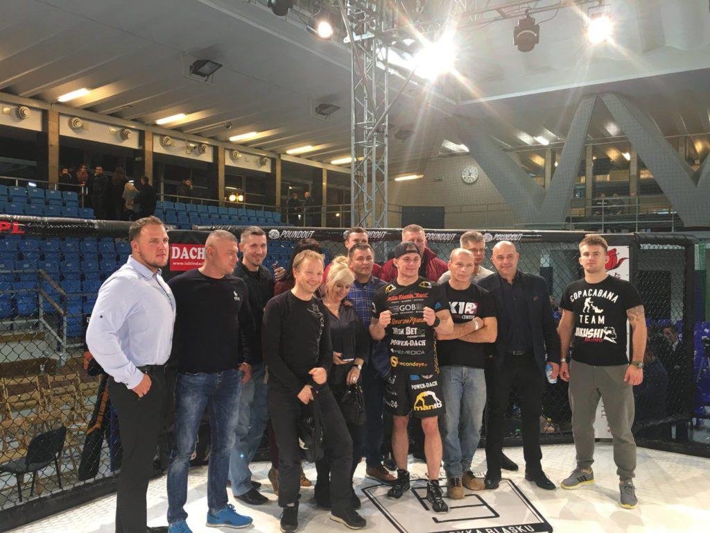 Zdjęcie z gali MMA